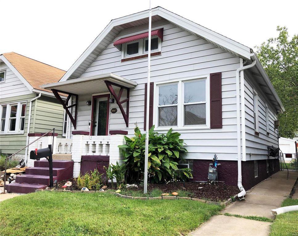 4079 Burgen Ave, Saint Louis, MO 63116