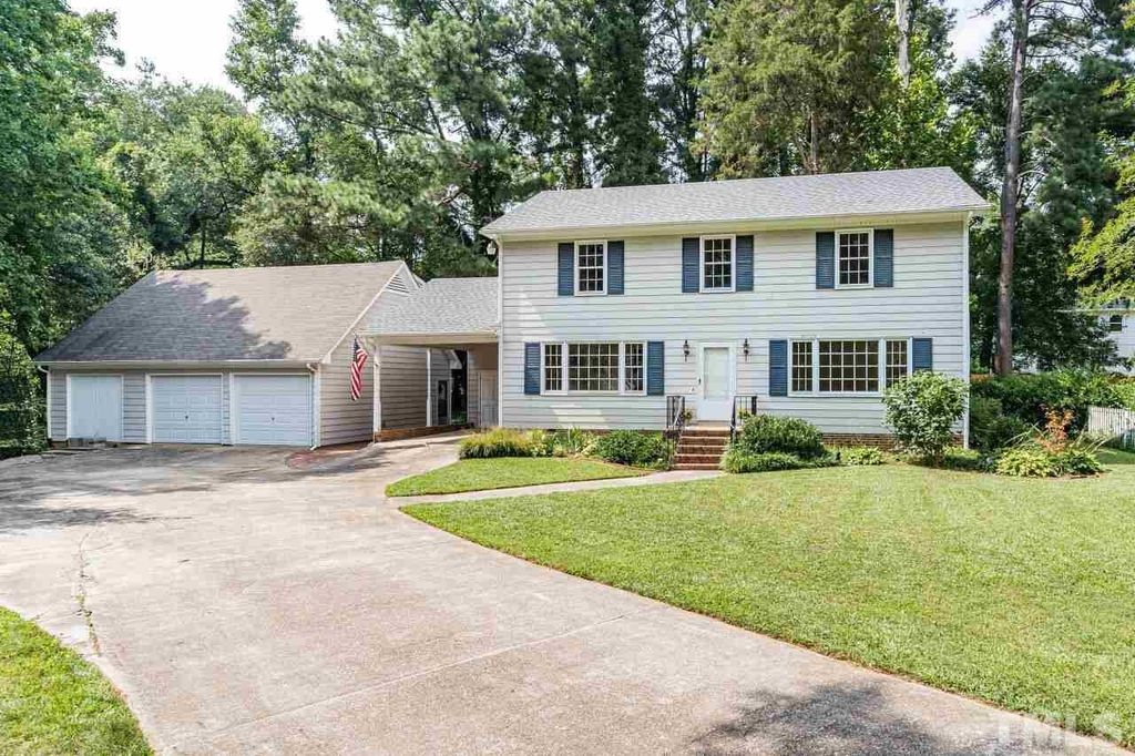 405 Westerwood Ct, Raleigh, NC 27609