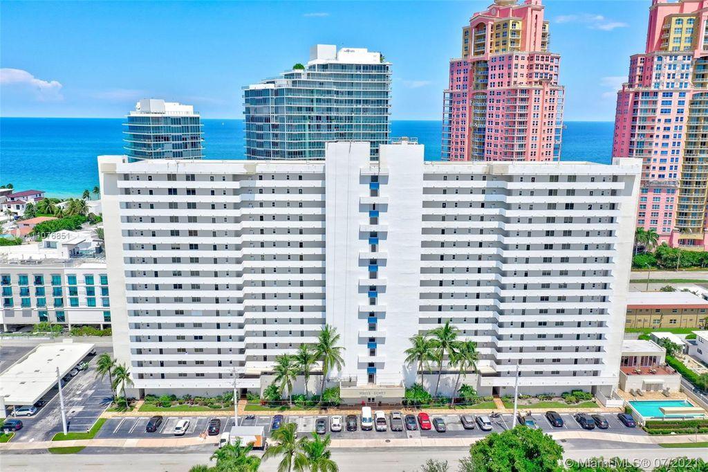 2200 NE 33rd Ave #15H, Fort Lauderdale, FL 33305