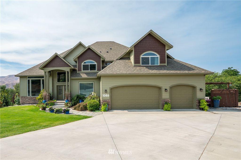 1085 Ridge Crest Dr, Wenatchee, WA 98801
