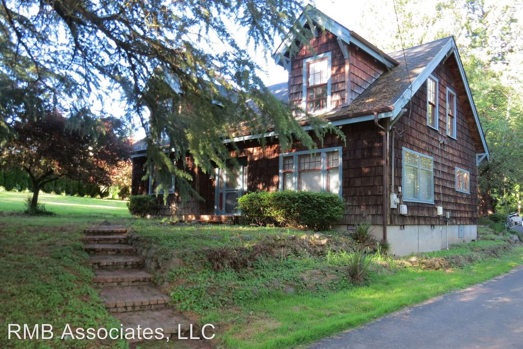1202 NW 107th Ave, Portland, OR 97229