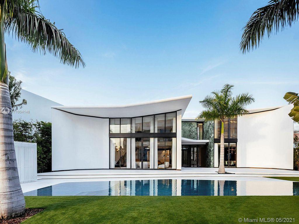 810 Lakeview Dr, Miami Beach, FL 33140