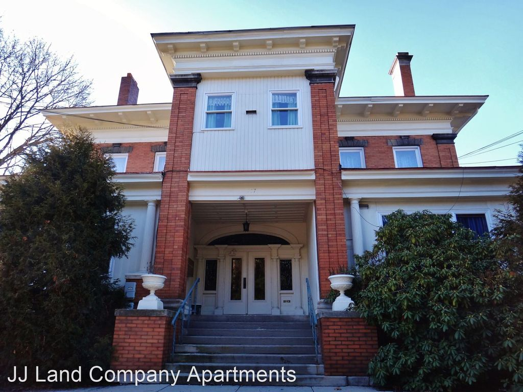 127 Delafield Rd #3, Pittsburgh, PA 15215