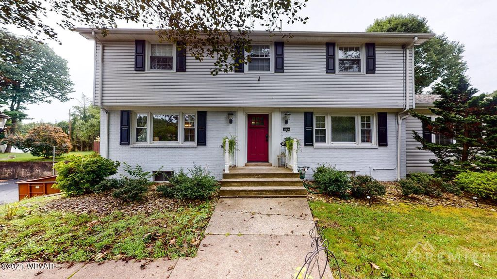 1685 Graham Rd, Williamsport, PA 17701