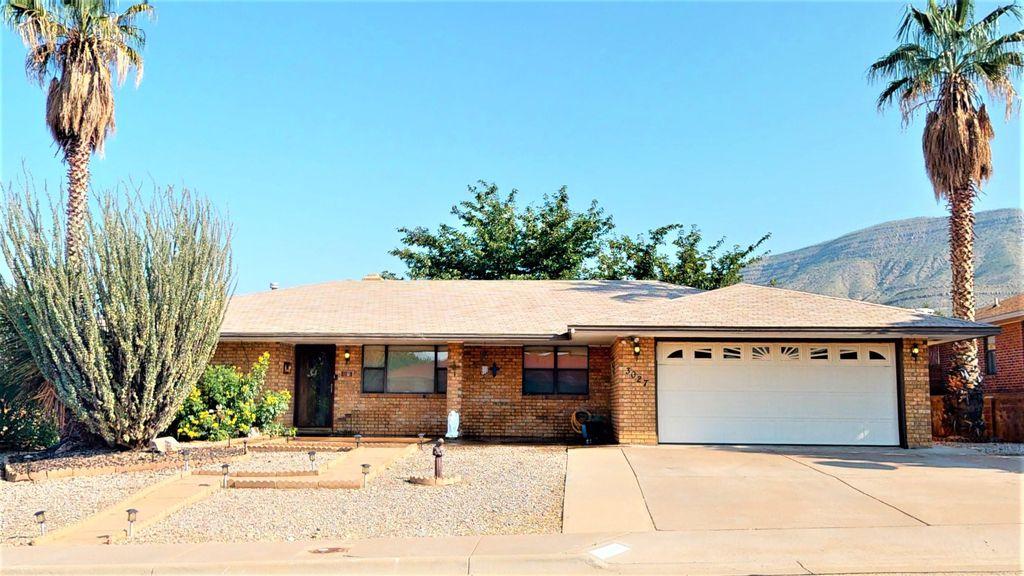 3027 Los Robles St, Alamogordo, NM 88310