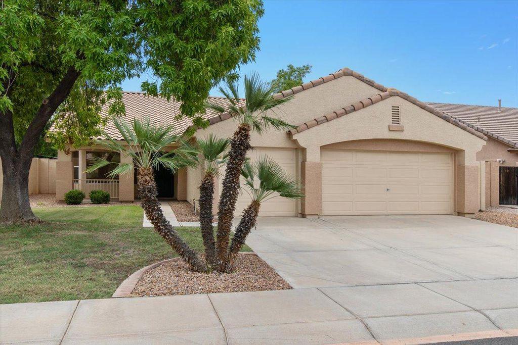 1563 E Robinson Way, Chandler, AZ 85225