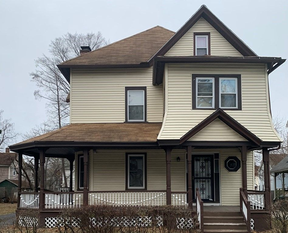 152 Marion St, Springfield, MA 01109