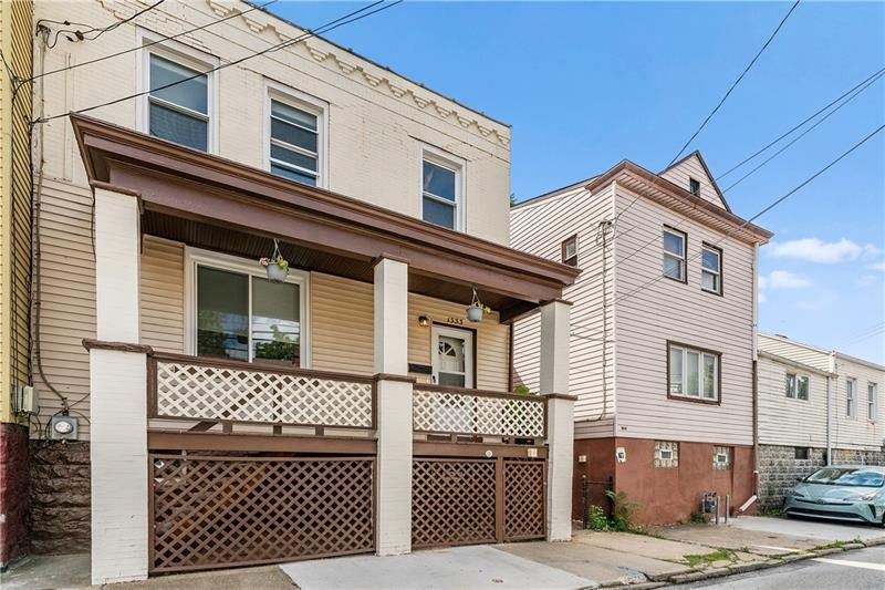 1333 Lowrie St, Pittsburgh, PA 15212