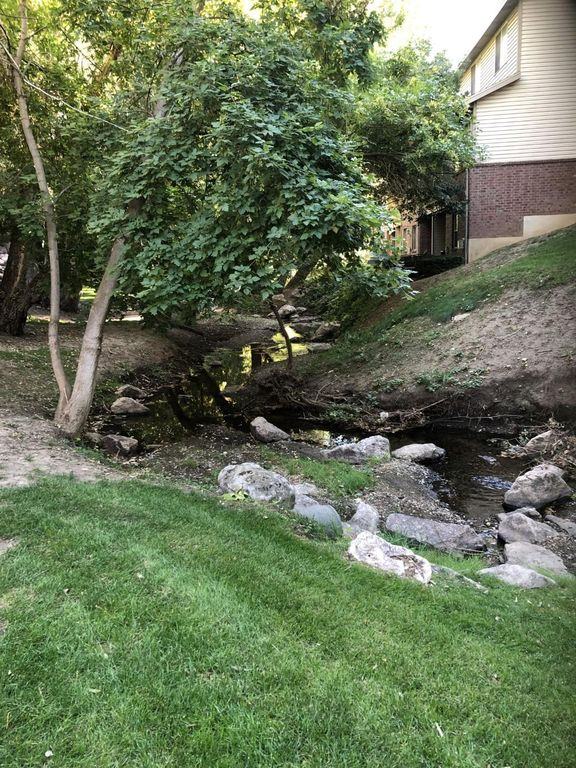 1143 E Holmes Creek Ln, Layton, UT 84041