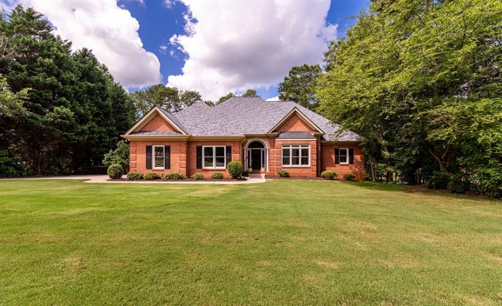 2716 Pitlochry St SW, Conyers, GA 30094
