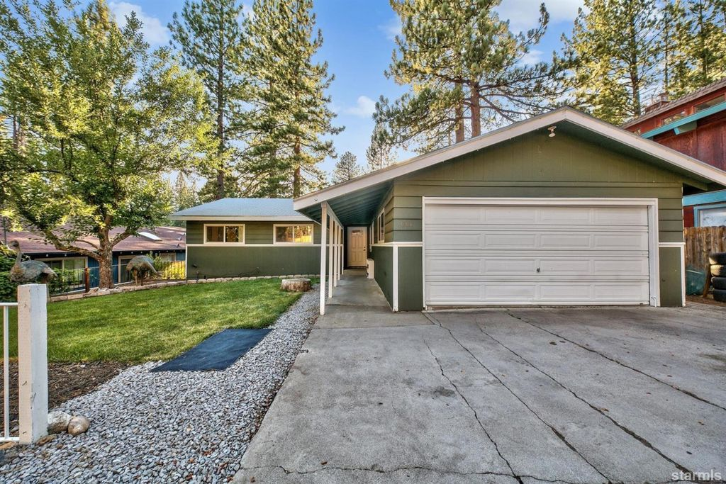 3204 Apple St, South Lake Tahoe, CA 96150