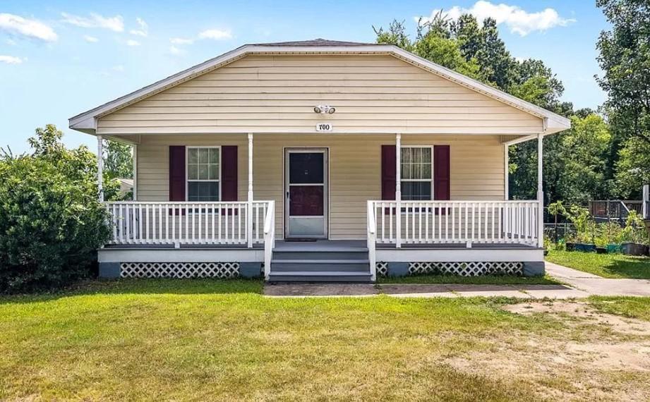700 Douglas St, Greensboro, NC 27406