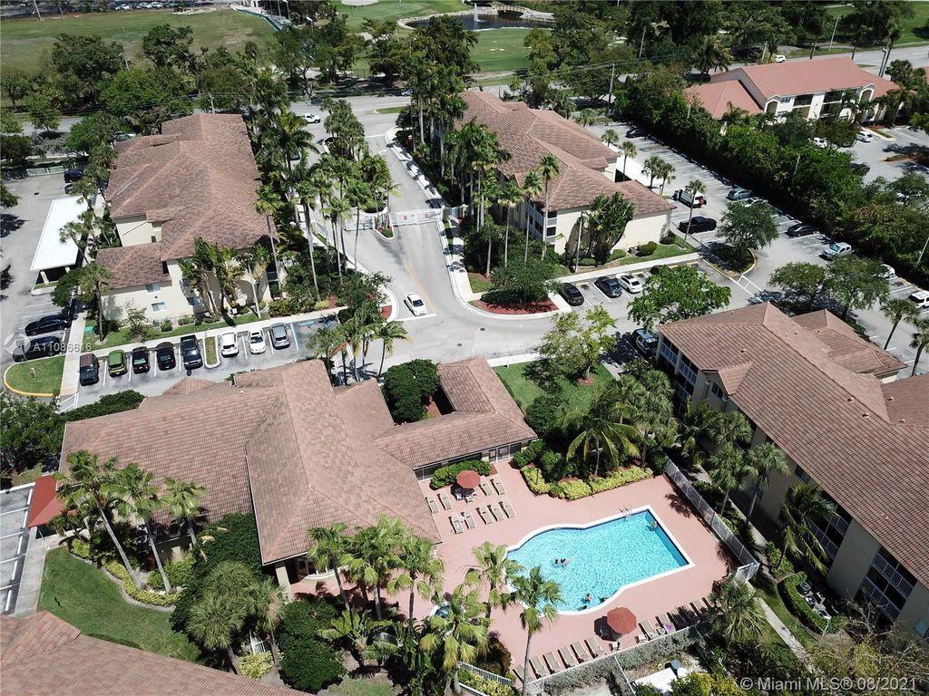 450 S Park Rd #5202, Hollywood, FL 33021
