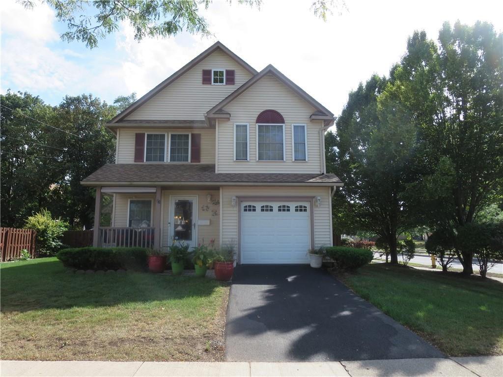 21 Waverly Pl, Rochester, NY 14608