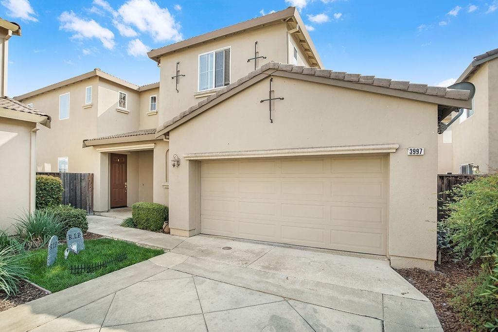 3997 Tule St, West Sacramento, CA 95691