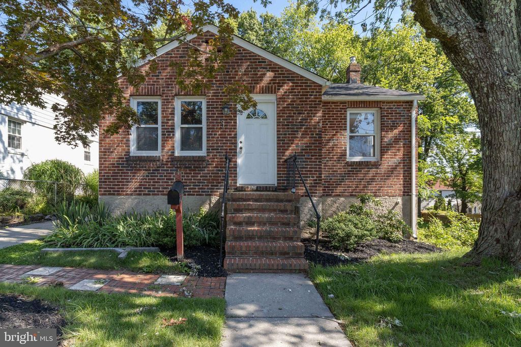 3 Lodge Rd, Catonsville, MD 21228