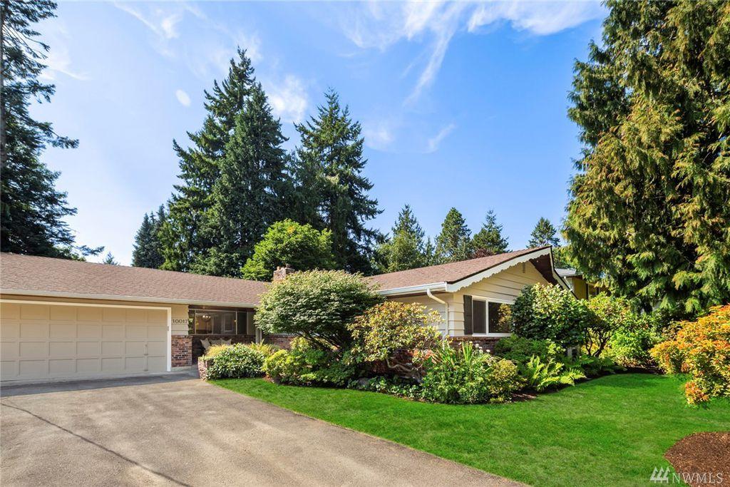 10017 45th Ave NE, Seattle, WA 98125