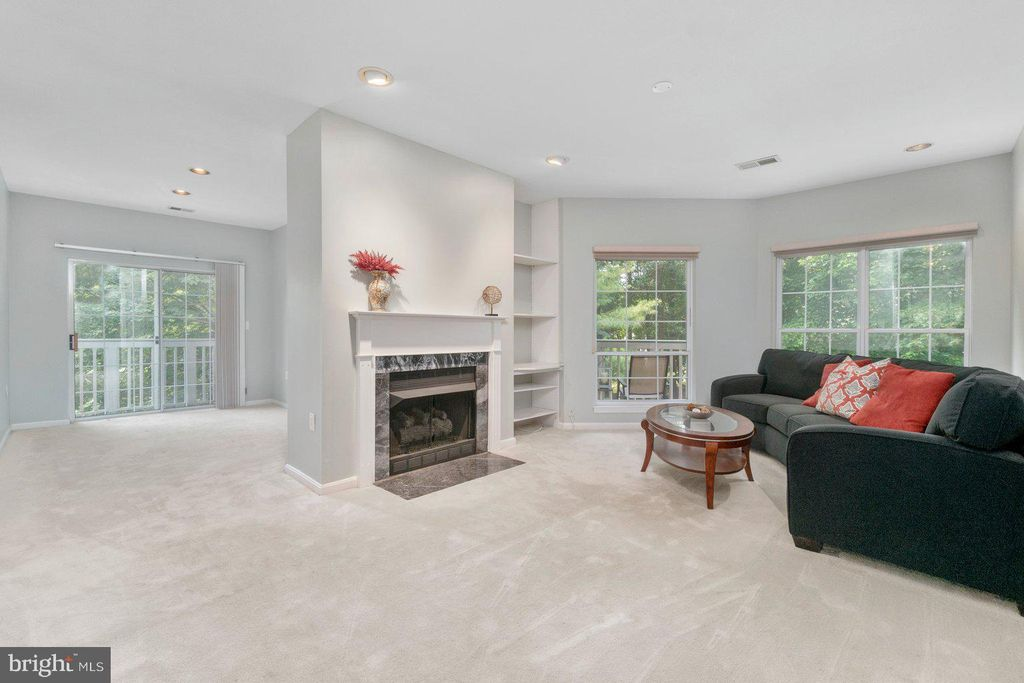7032 Toby Dr, Baltimore, MD 21209