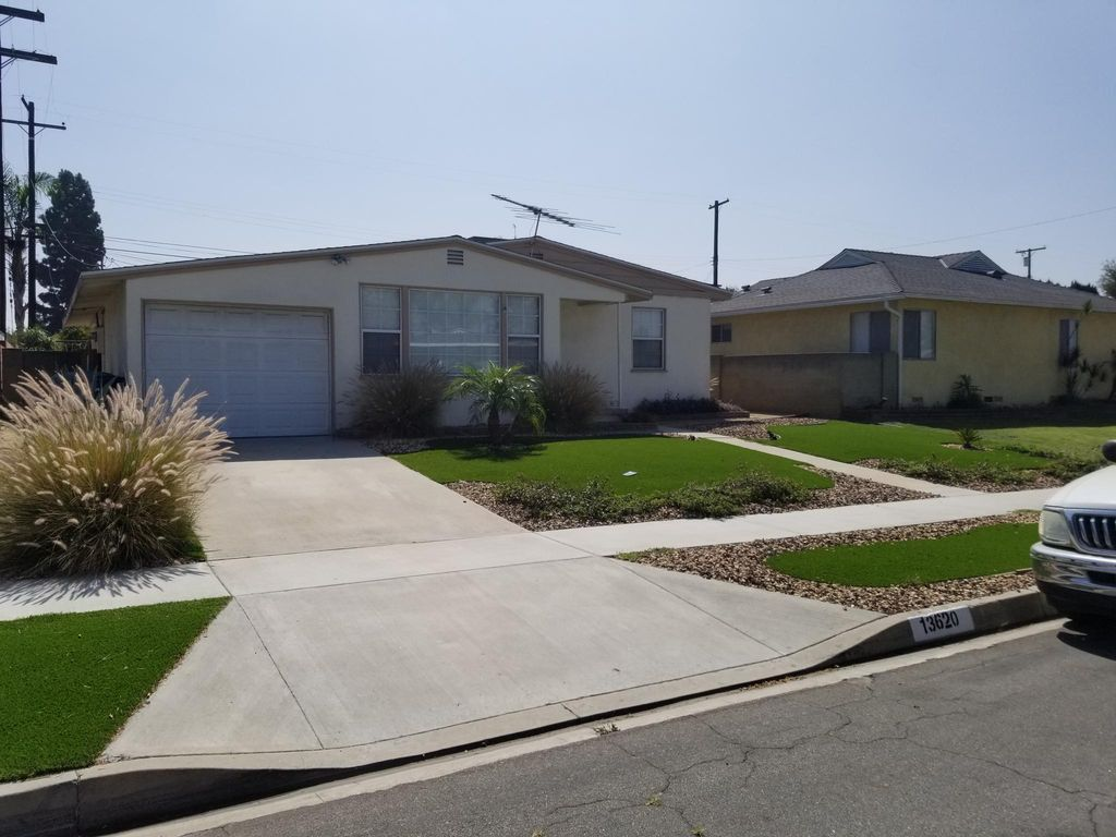 13620 Hanwell Ave, Bellflower, CA 90706