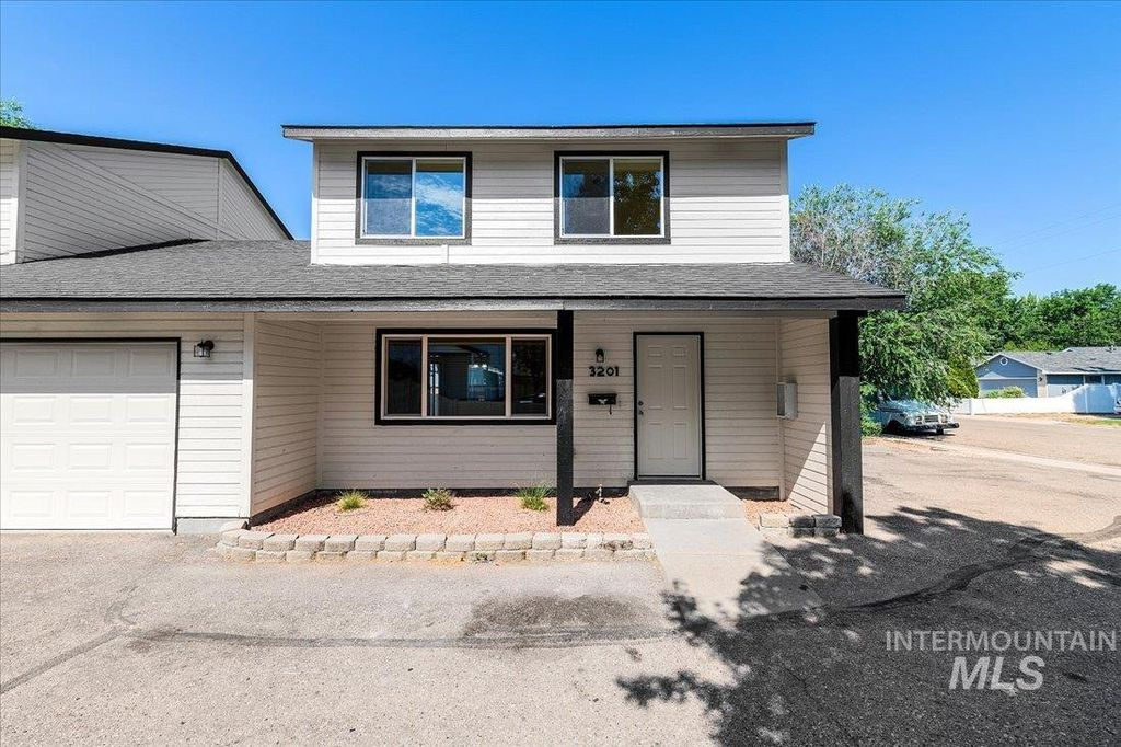 3201 W Cherry Ln, Boise, ID 83705