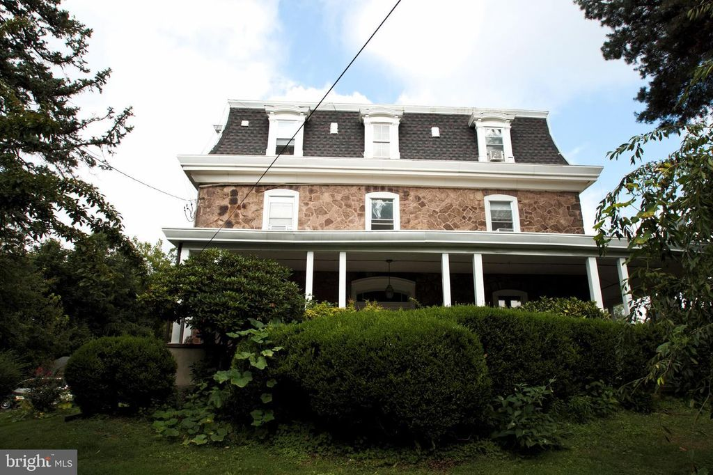 925 Susquehanna Rd, Ambler, PA 19002