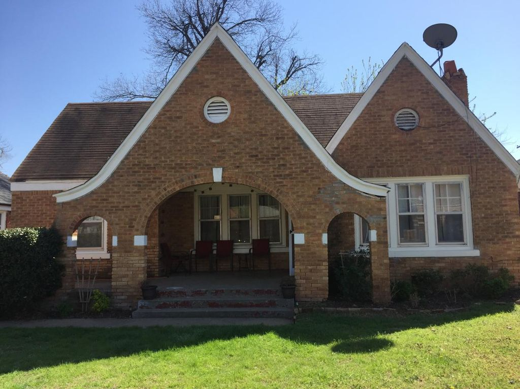 808 NE 17th St, Oklahoma City, OK 73105