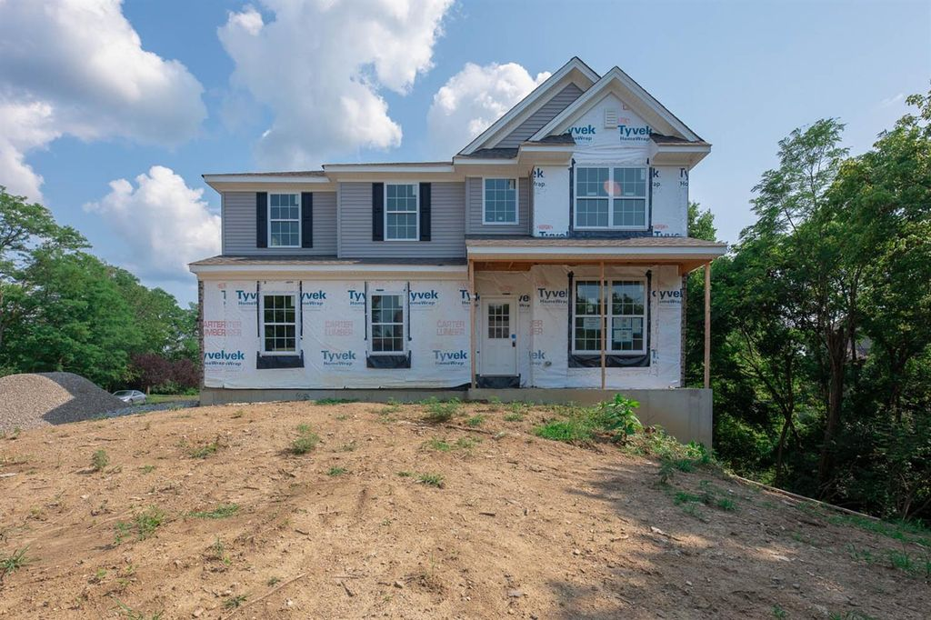 6389 Dusty Trl, Middletown, OH 45044