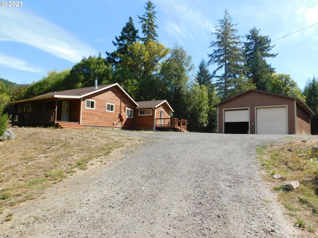 95141 Stagecoach Ln, Broadbent, OR 97414