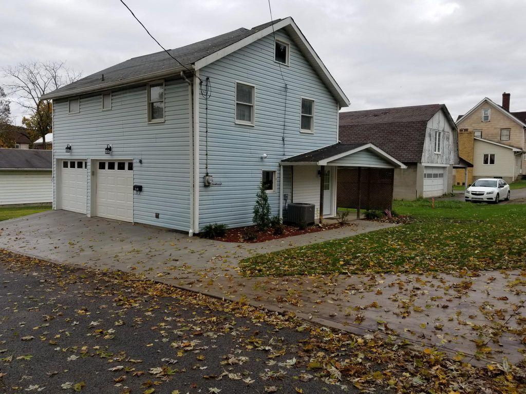347 Shryock Ave, Indiana, PA 15701