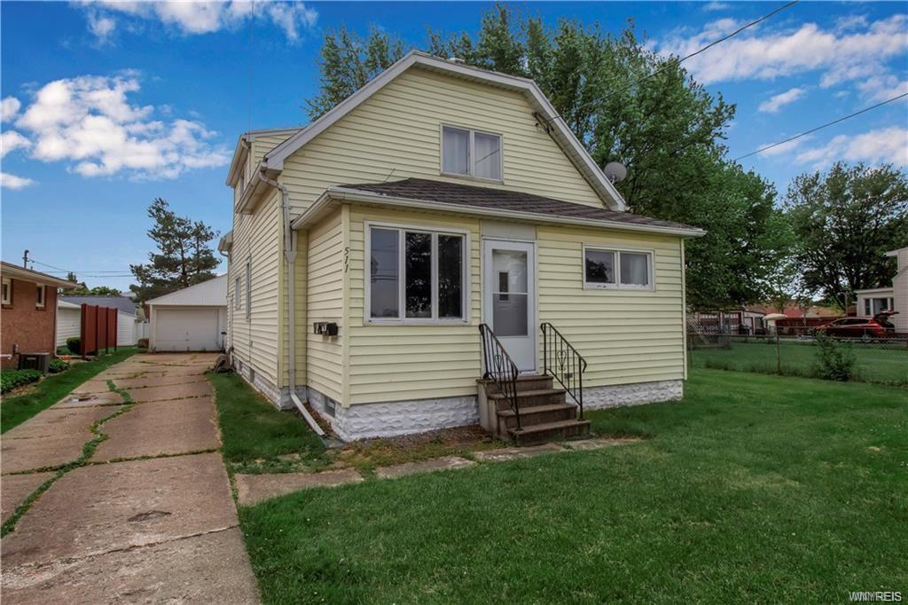 511 Martin Rd, Buffalo, NY 14218