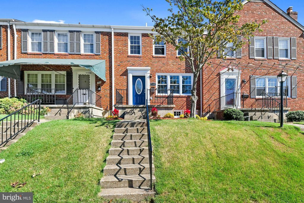 1568 Cottage Ln, Towson, MD 21286