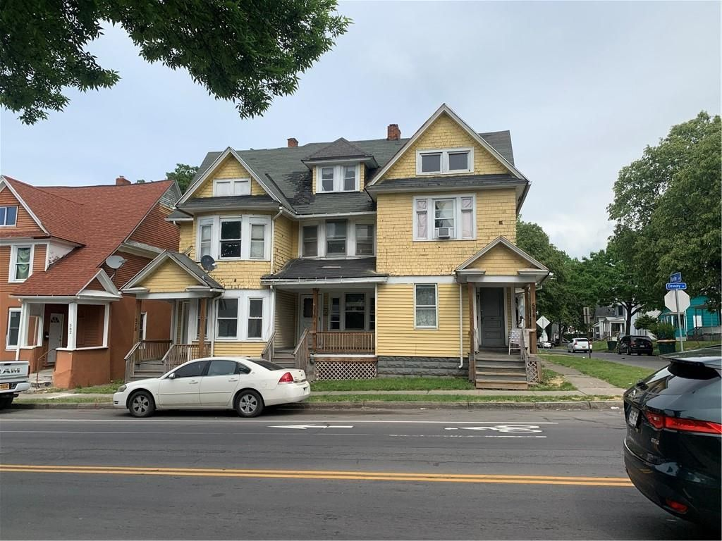 574 Dewey Ave, Rochester, NY 14613