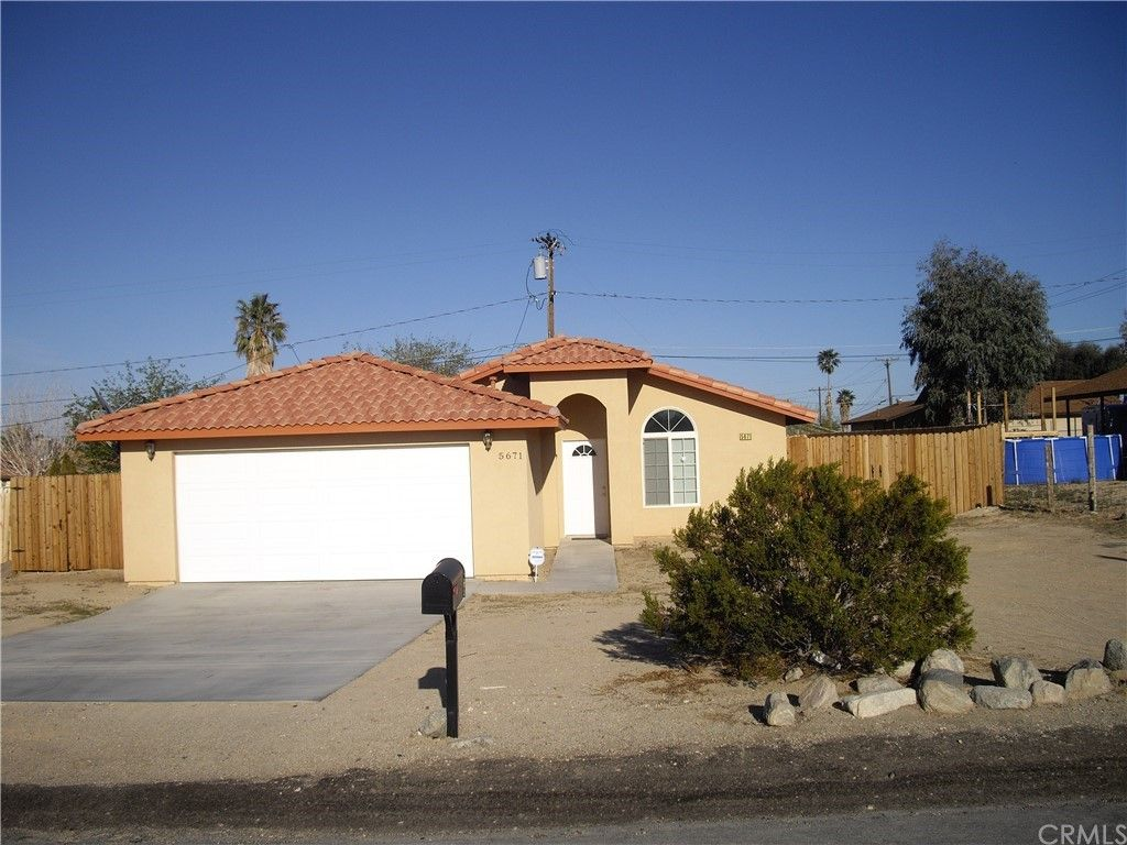 5671 Lupine Ave, Twentynine Palms, CA 92277