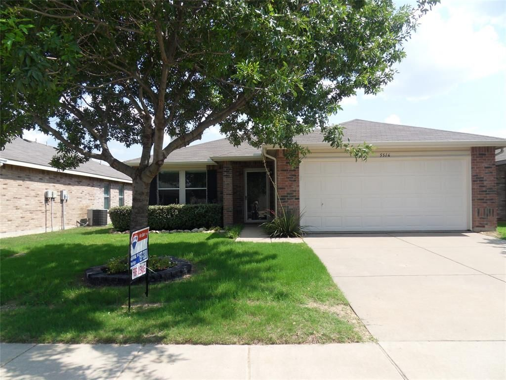 5516 Camarillo Dr, Fort Worth, TX 76244