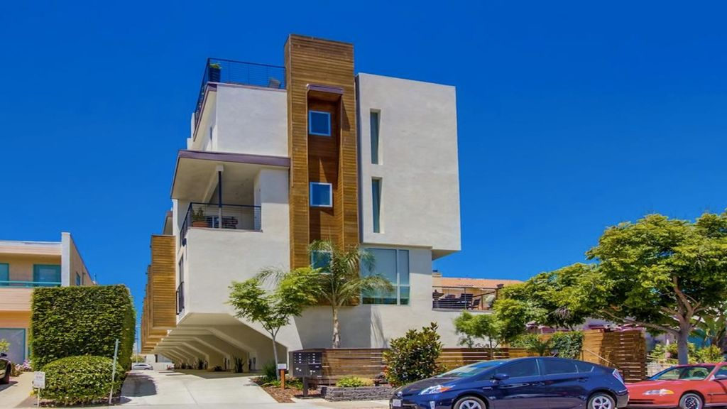 4080 Goldfinch St #3, San Diego, CA 92103