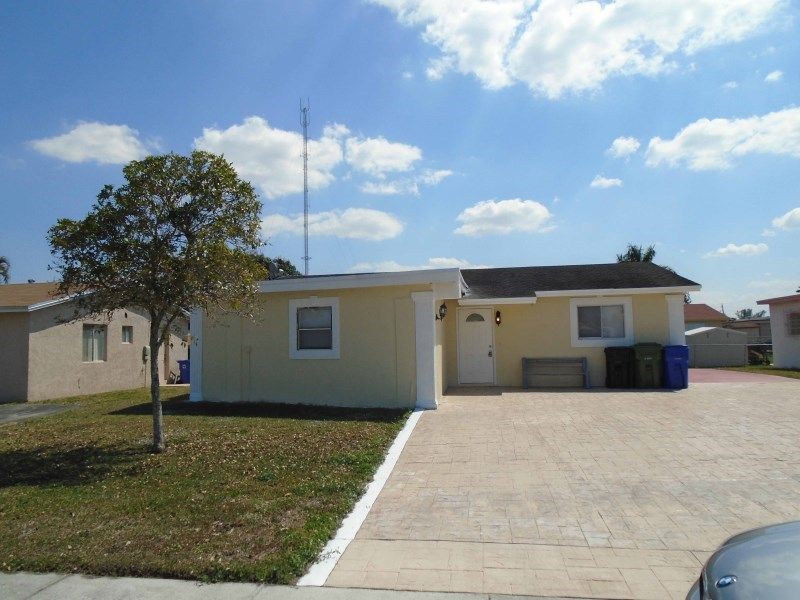 2670 NW 24th Ct ##, Fort Lauderdale, FL 33311