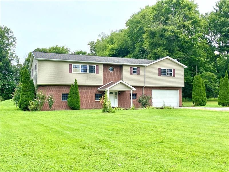 2222 Mercer West Middlesex Rd, West Middlesex, PA 16159