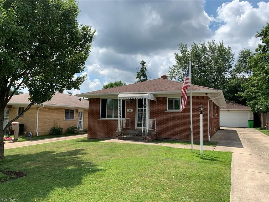 13360 Wolf Ave, Garfield Heights, OH 44125