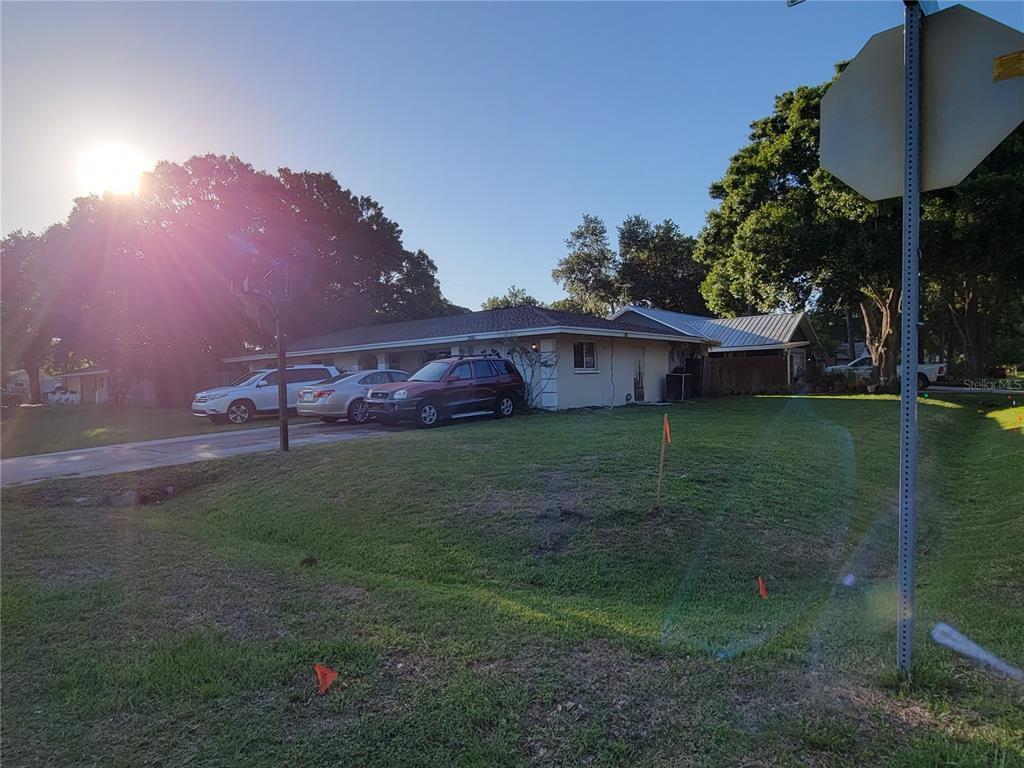 3845 San Luis Dr, Sarasota, FL 34235