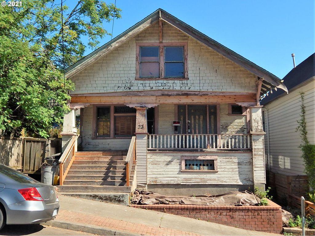 23 SW Pennoyer St, Portland, OR 97239