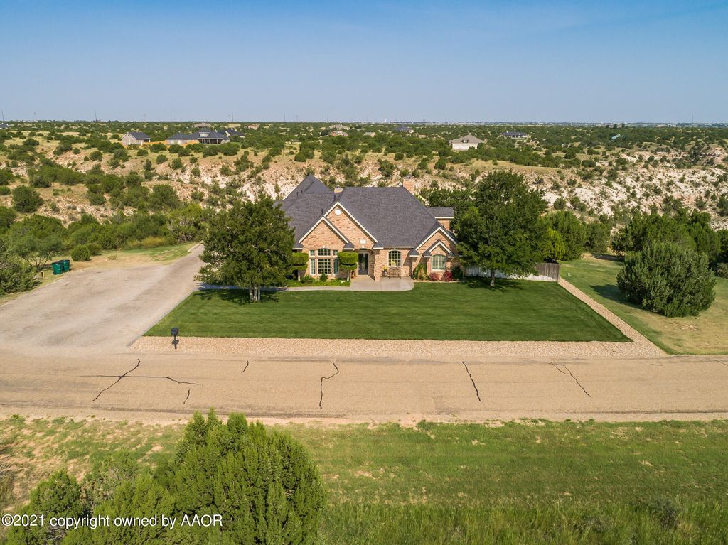 312 Lake Ridge Rd, Canyon, TX 79015