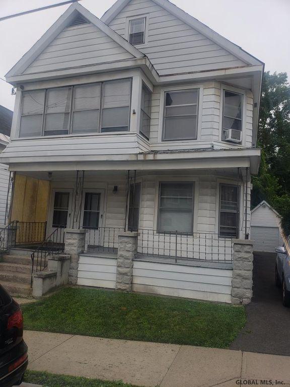 4 Lomasney Ave, Schenectady, NY 12308
