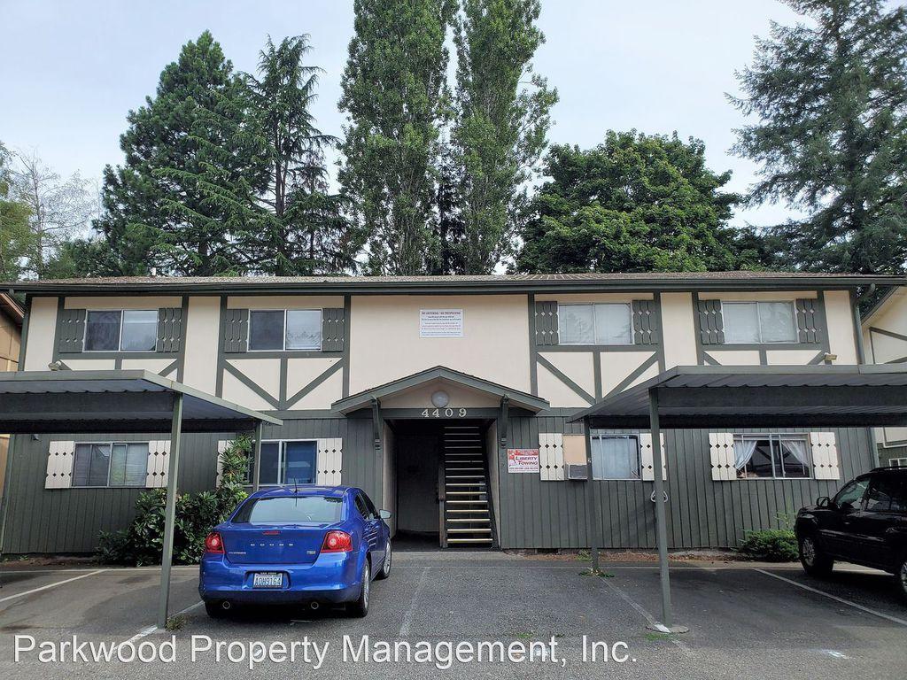 4409 76th Ave W #4, Tacoma, WA 98466