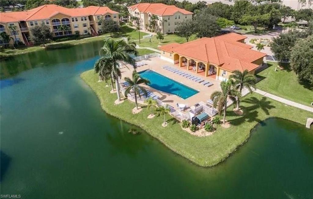4113 Residence Dr #201, Fort Myers, FL 33901