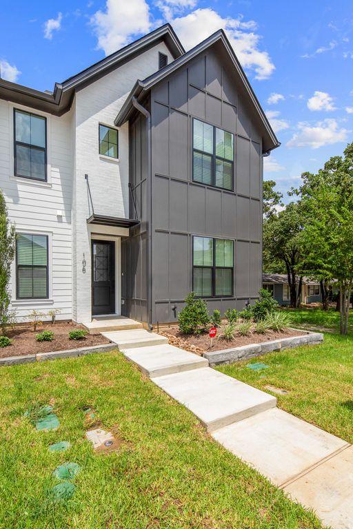 304 Sulphur Springs Rd, Bryan, TX 77801