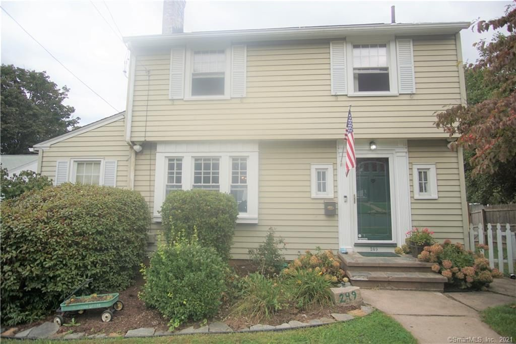 249 Henry St, Manchester, CT 06042