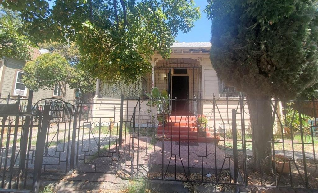 133 W Jefferson St, Stockton, CA 95206