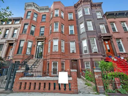 187 Van Buren St, Brooklyn, NY 11221
