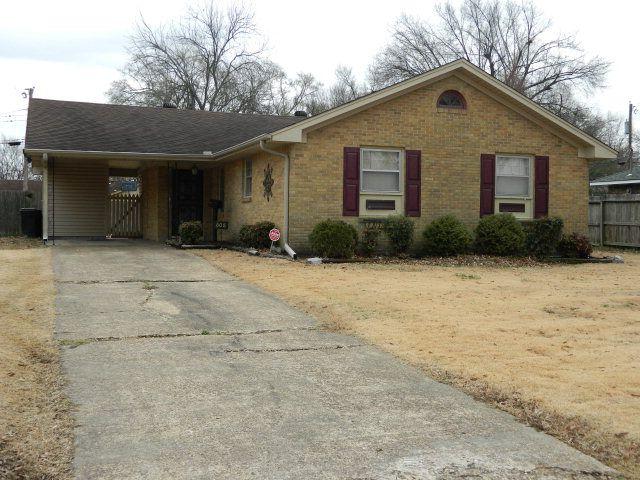 608 Highland Dr, West Memphis, AR 72301