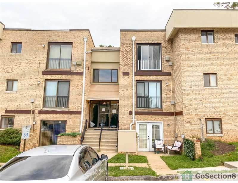 3926 Rolling Rd #1, Pikesville, MD 21208